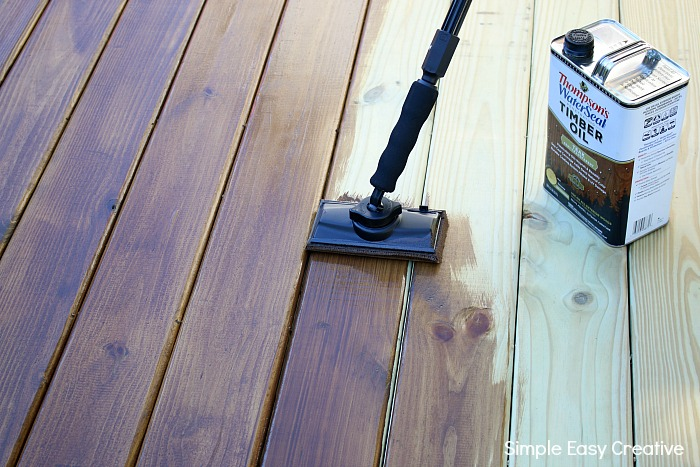 HOW TO BUILD A DECK - Learn tips on how to easily build this simple deck in a weekend!