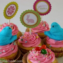Easter Cupcakes | Jelly Bean Surprise | Recipe on HoosierHomemade.com
