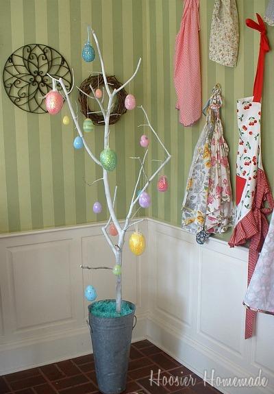 Easy and frugal easter egg tree hoosier homemade How to make an easter egg tree