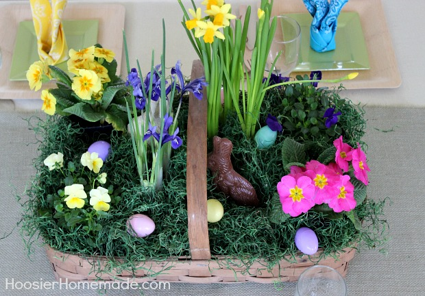 Easter Tablescape :: HoosierHomemade.com