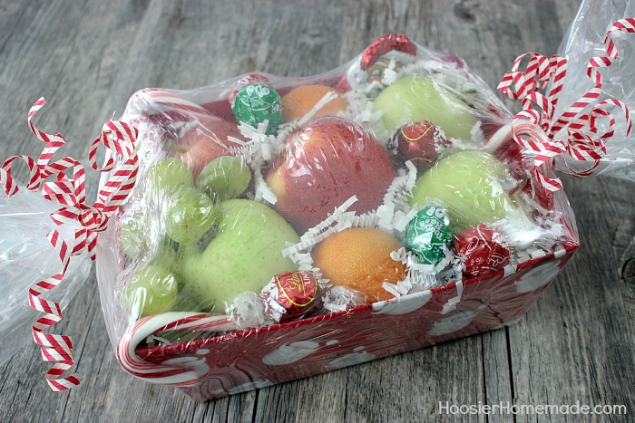 Christmas gift basket wrapping ideas