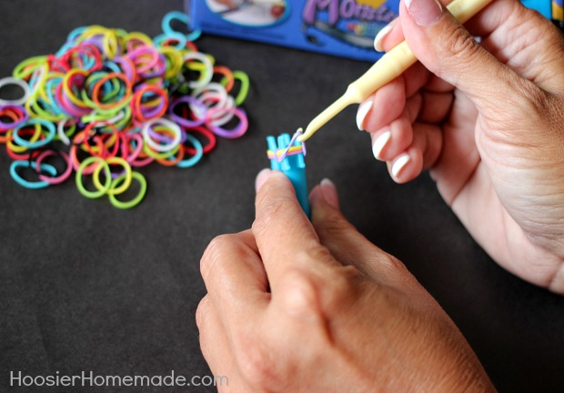 How To Make A Triple Fishtail Rubber Band Bracelet