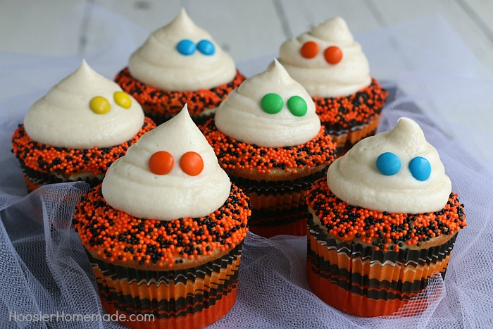 Easy Ghost Cupcakes for Halloween