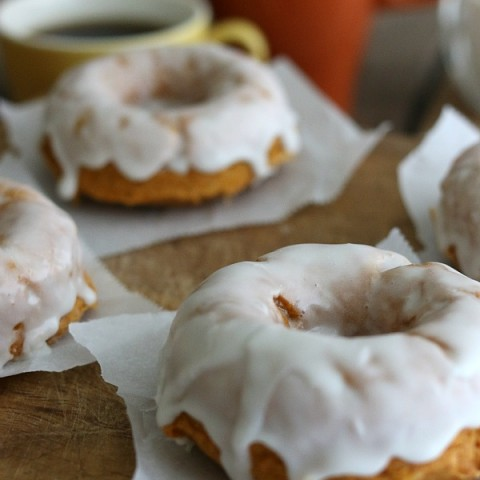 Easy Homemade Pumpkin Doughnuts
