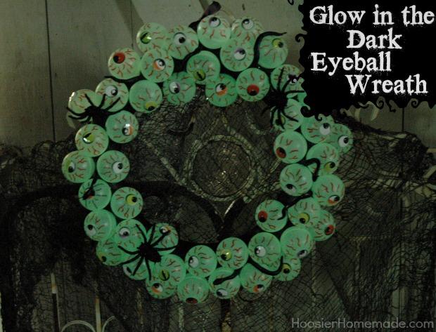 Eyeball Wreath Tutorial on HoosierHomemade.com
