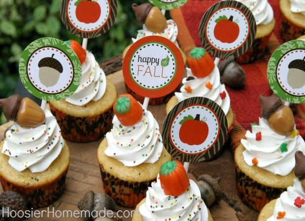 Fall Cupcakes with Candy Acorns + FREE Cupcake Toppers :: Available on HoosierHomemade.com