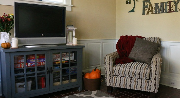 Family Room.feature