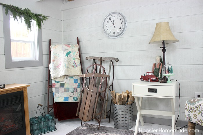 FARMHOUSE CHRISTMAS DECORATING -- She Shed Outdoor Christmas Decorations