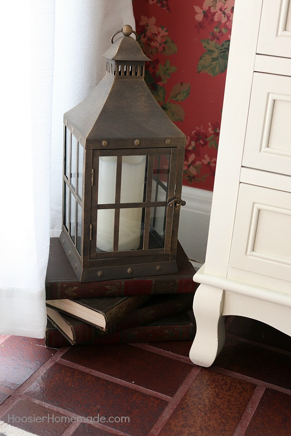 Small Foyer Decorating Ideas - Hoosier Homemade