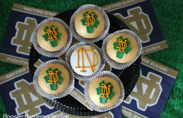 Notre Dame Fighting Irish Cupcakes :: Green Velvet Cupcake Recipe and Instructions on HoosierHomemade.com