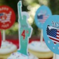Fourth-of-July-Cupcake-Toppers.feature