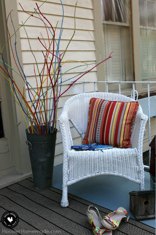 Decorating doesn't have to break the bank! Learn how to decorate your Front Porch on a Budget with items you have around your home! Including front porch furniture. You might just be surprised at what you can use for FREE! Be sure to save these ideas for later and pin to your Decorating Board!