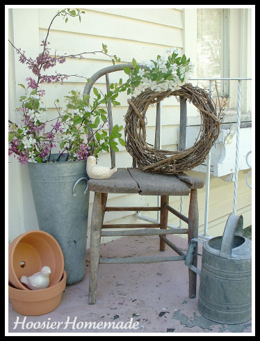Frugal decorating with antique chairs hoosier homemade for Antiques decoration