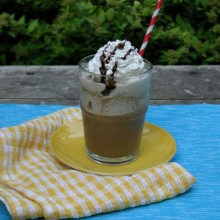 Frozen-Frappuccino-Recipe-on-HoosierHomemade.com