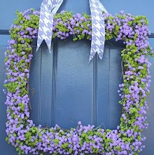 FullShotofSpringWreath.220