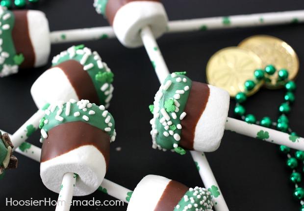 Grasshopper Marshmallow Pops | Recipe on HoosierHomemade.com