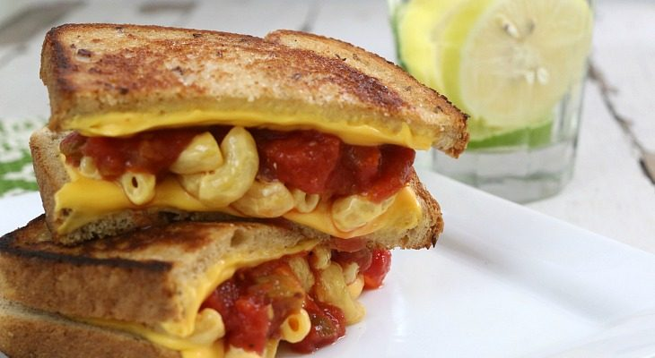 Grilled-Mac-Fiesta-Sandwich.FEATURE