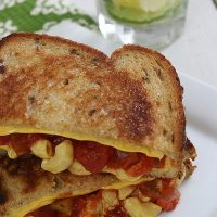 Grilled Macaroni and Cheese Fiesta Sandwich