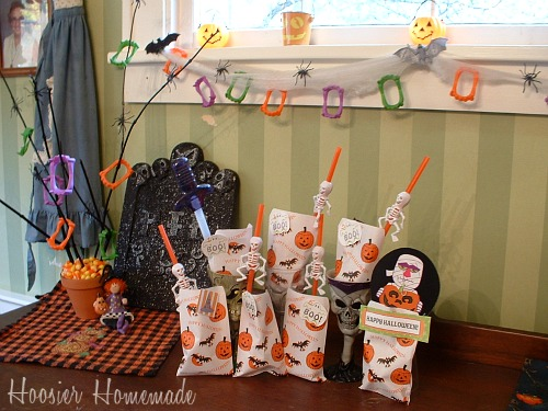 Halloween Countdown Bags & Decorations  Hoosier Homemade ~ 180203_Decorating Halloween Bags Ideas