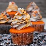 Halloween Cupcakes Striped - October 2013