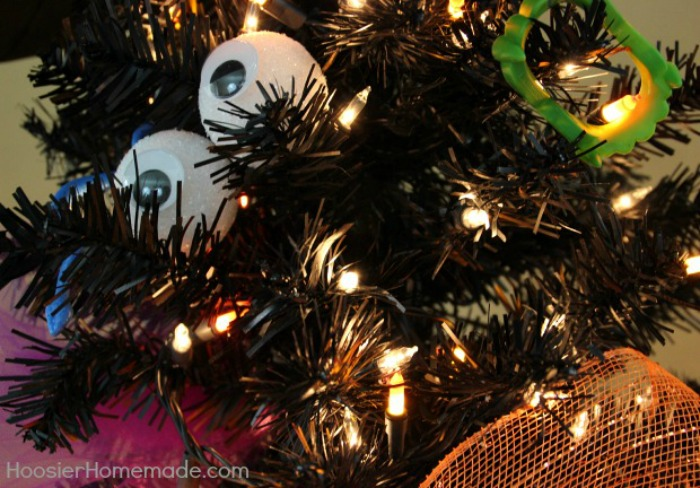 Halloween-Tree-Eyes