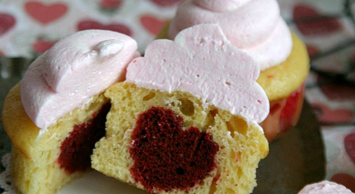how to make a heart shaped cake out of cupcakes