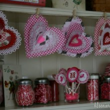 Heart-Garland.featured