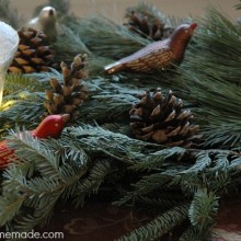 Quick and Easy Holiday Centerpiece :: Instructions on HoosierHomemade.com