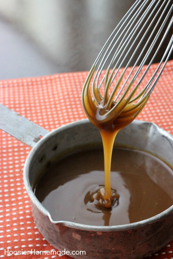 Homemade Caramel Sauce | Perfect for all your Fall Baking Recipes | Recipe on HoosierHomemade.com