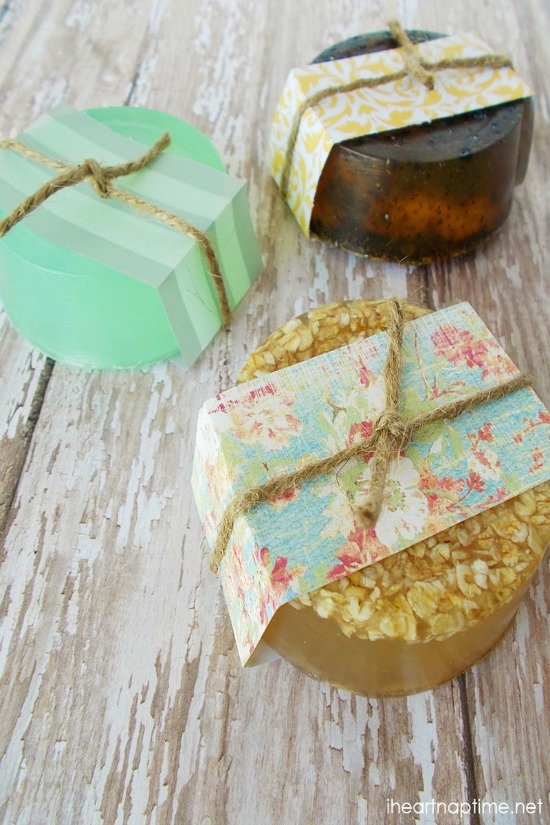 With just a few simple supplies you can make these Homemade Hand Soaps! Perfect for Christmas gift giving! Pin to your DIY Board!