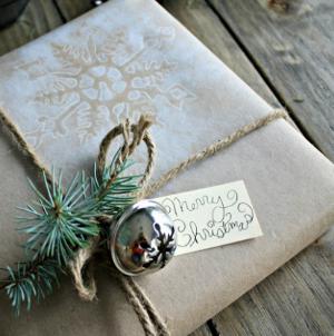 Homemade Wrapping Paper :: HoosierHomemade.com