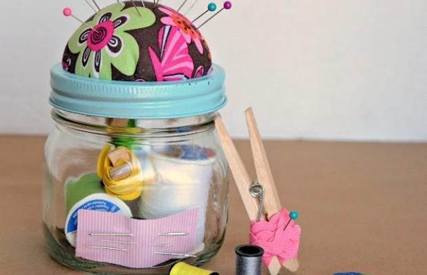 Homemade sewing kit mason jar Christmas gift idea 5