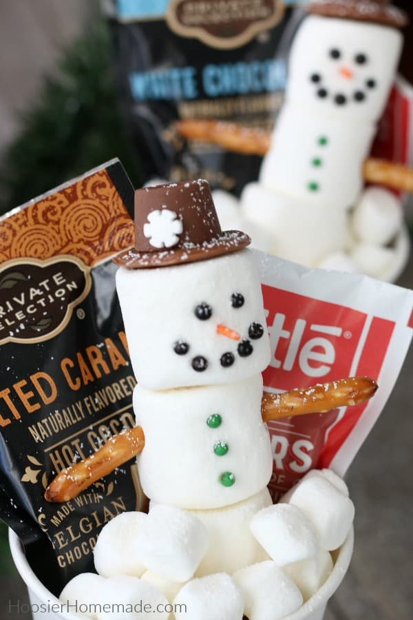 Marshmallow Snowman in Hot Cocoa To Go Cup
