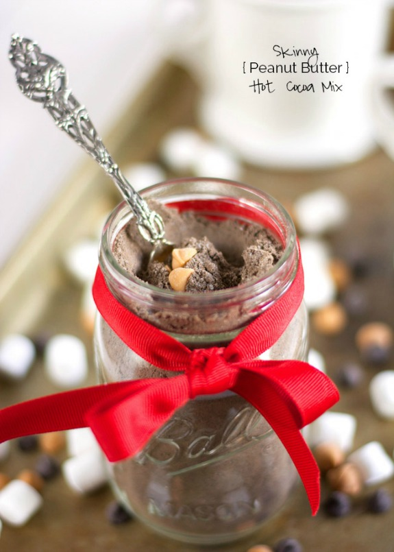 A healthy hot cocoa mix with a touch of peanut butter that tastes just like you are indulging in a peanut butter cup! Perfect for Christmas Gifts! Pin to your Recipe Board!
