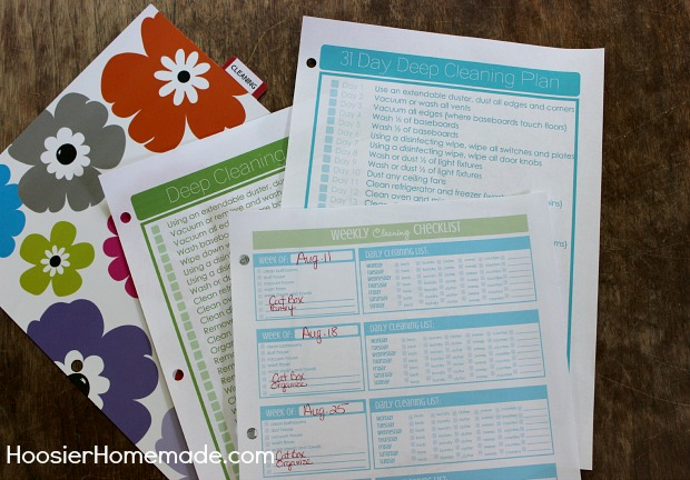 How to Create a Household Binder :: on HoosierHomemade.com