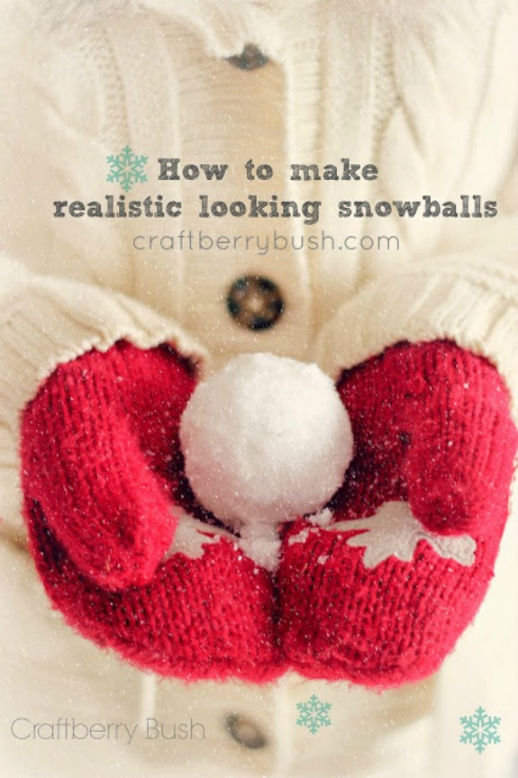 No need to get your hands cold and wet with these Snowballs! Learn how to make Indoor Snowballs to use in your Winter Decorating! Pin to your Craft Board!