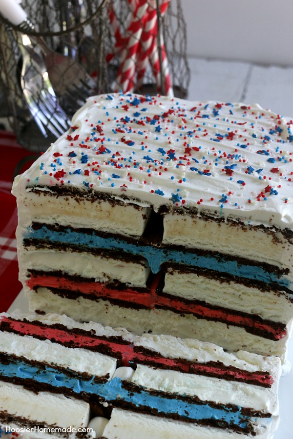 Ice Cream Sandwiches Cake -- this fun red, white and blue ice cream ...