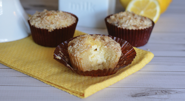 Lemon Cheesecake Muffins - these muffins are packed with flavor, but have less sugar! Serve for your Easter brunch, Spring party, weekend breakfast or pack in lunches! The Streusel Topping is delicious too!