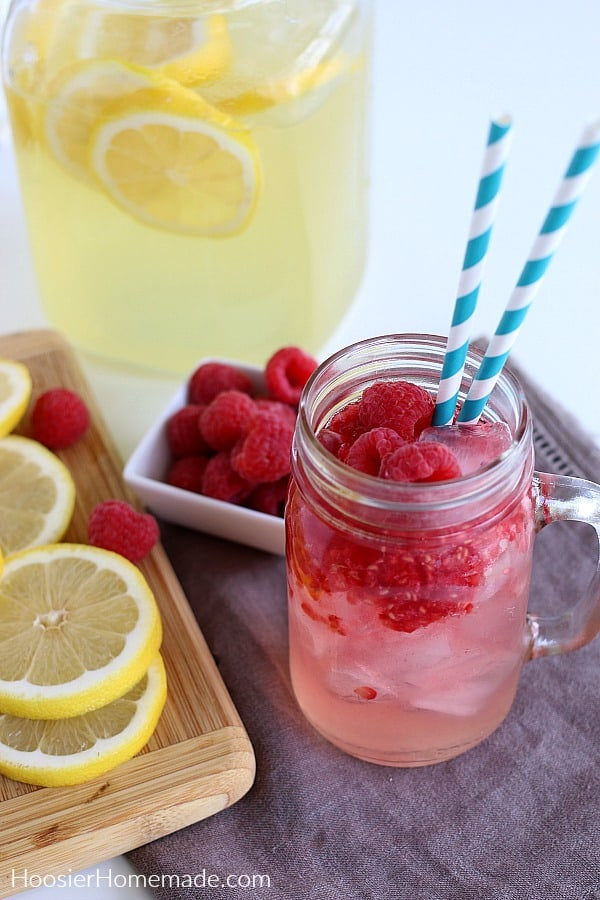 Raspberry Lemonade in glass mason jar