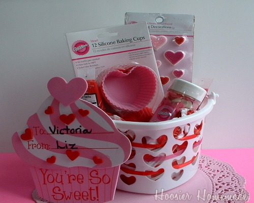 Love Bucket.cupcakes