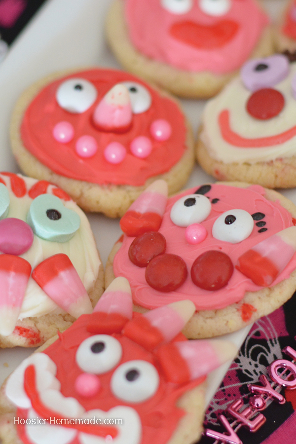Grab the kids! It's time to make fun Valentine's Day Cookies! Whether you create Love Bugs or Funny Faces, you and the kids will have a great time decorating these cookies!