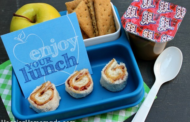 Easy Lunch Box Ideas with Printable Snack Pack Coupon :: Available on HoosierHomemade.com