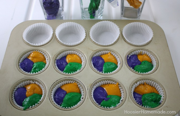 MARDI GRAD CUPCAKES WITH FREE CUPCAKE TOPPERS
