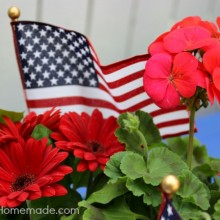 Simple Patriotic Table Centerpiece | Perfect for Memorial Day or Fourth of July | Instructions on HoosierHomemade.com