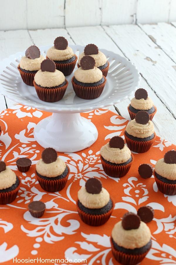 Mini Peanut Butter Cup Cupcakes