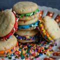 Mini-Funfetti-Sandwich-Cookies.close
