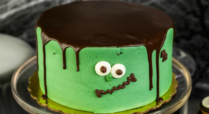 monster-cake-feature