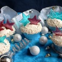 New Year's Cupcakes with Champagne Buttercream Frosting