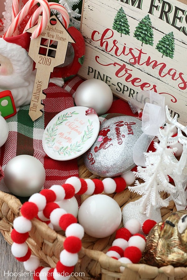 Christmas Gift Basket for Newlywed Couple