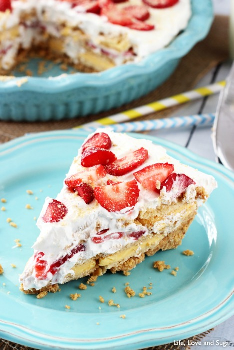 No_Bake_Strawberry_Lemon_Cookie_Pie3